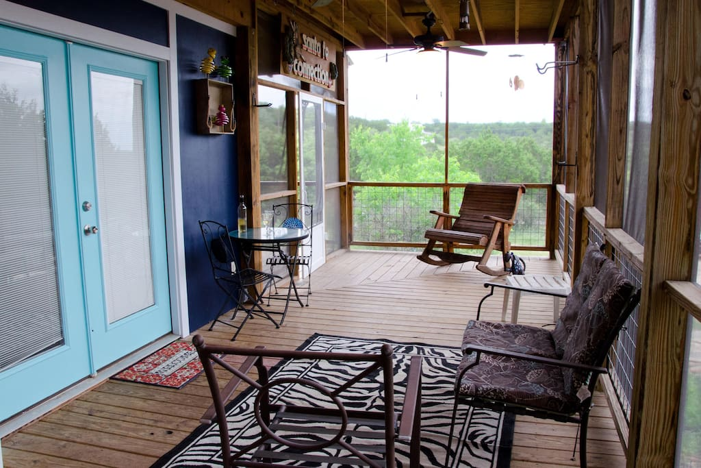 Enjoy hill country breezes from the screened in porch