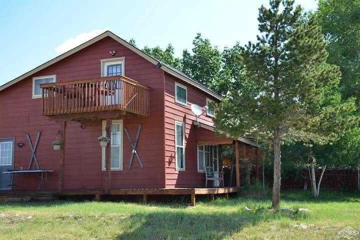 Leadville Cottage Living!