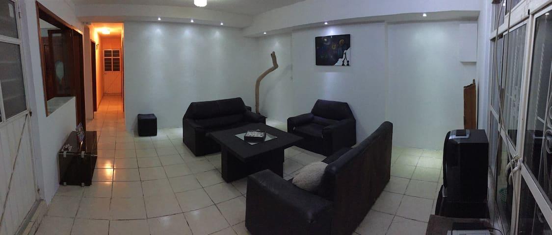 Casa amueblada a 4 minutos de Plaza Américas. 3Hab - Xalapa - House