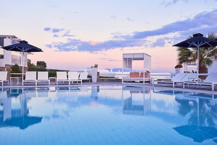 Kalo Livadi Beach   Junior Suite with Sea View