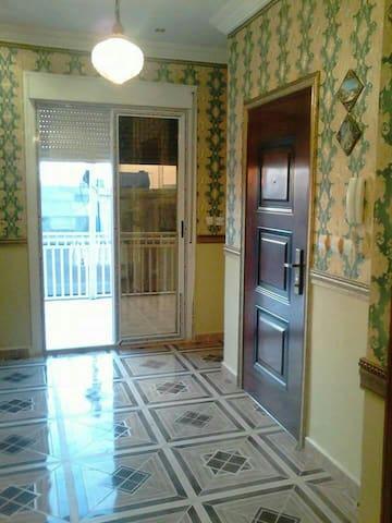 a very calm and clean appartement - Bir El Djir - Apartment