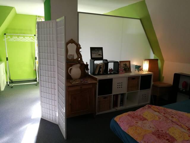 Suite/Studio im Stadthaus im Grünen/ eigenes Bad
