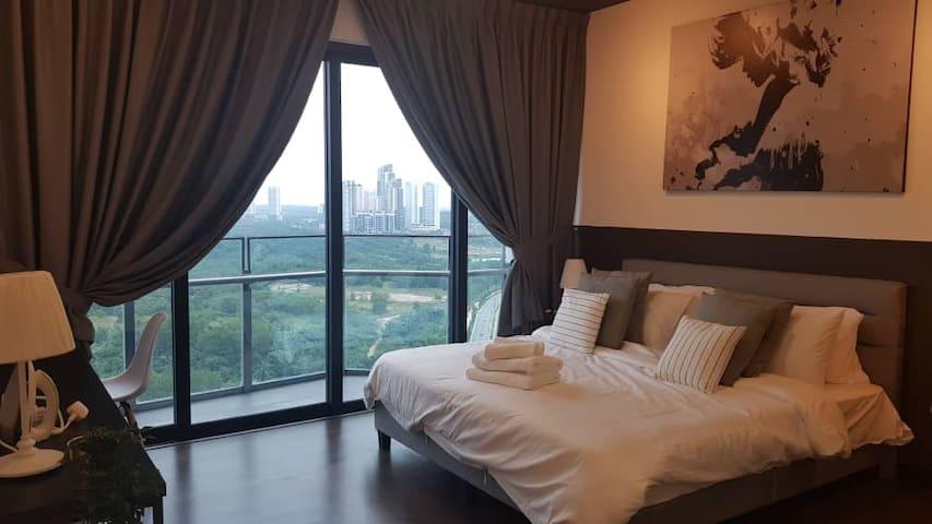 Almas Suites Apartment @ Puteri Harbour