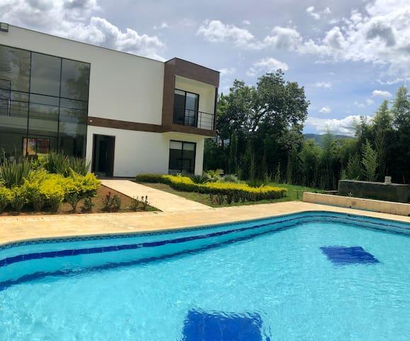 Finca Villa Margarita / girardota - Antioquia