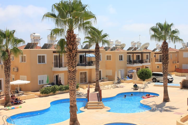 Sirena Sunrise Exclusive 1 Bedroom Apartment - Paphos - Apartament