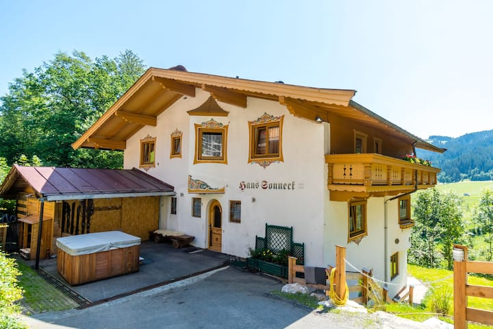Boutique Holiday Home in Kirchberg with Jacuzzi
