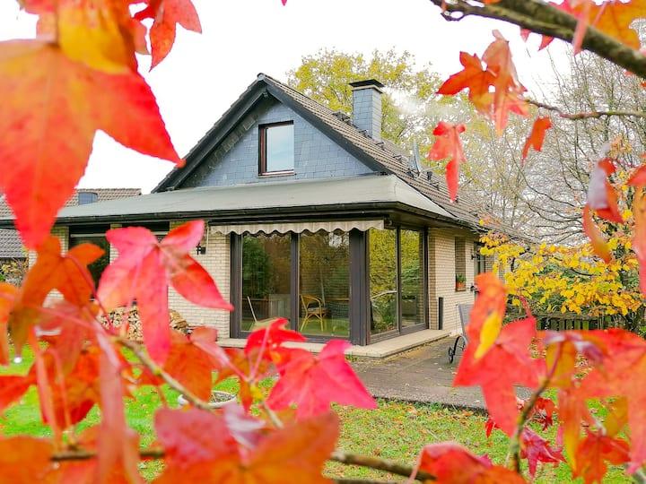 Gemütliches Ferienhaus! Garten, Ofen, 6 Personen