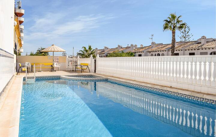 Stunning home in La Zenia with Indoor swimming pool, WiFi and 2 Bedrooms