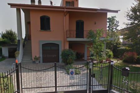 Trilocale in Villa - Costa di Mezzate