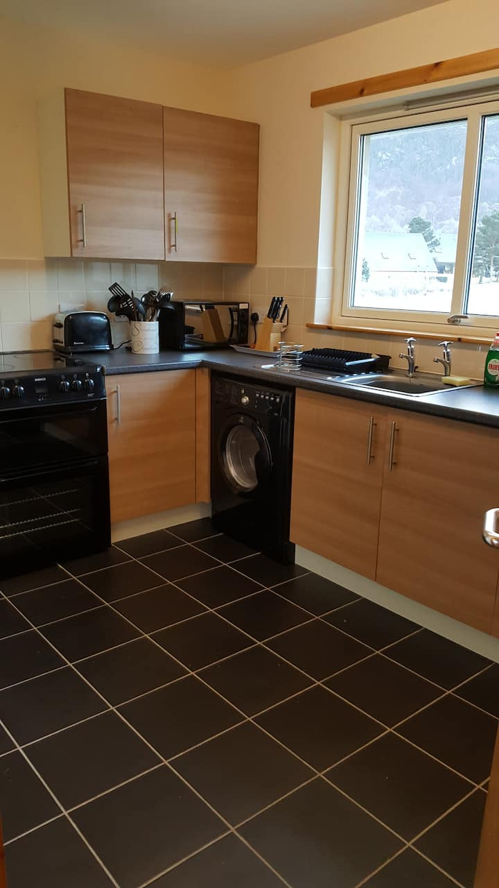 2 bed apartment Aviemore town centre