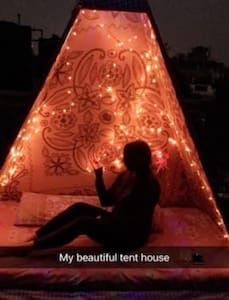 Cozy apartment near Hauz Khas Delhi - New Delhi - Apartemen