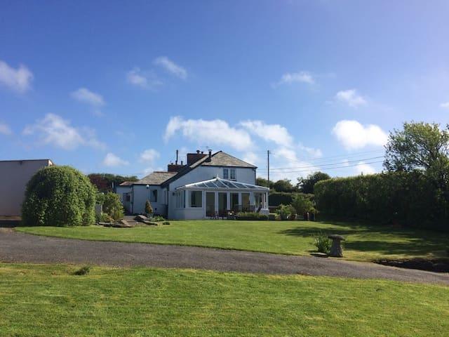 4 Trevanger Cottage, St Minver