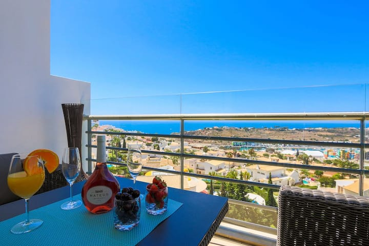 Luxury Penthouse Apart. 1st Row Sea View Albufeira