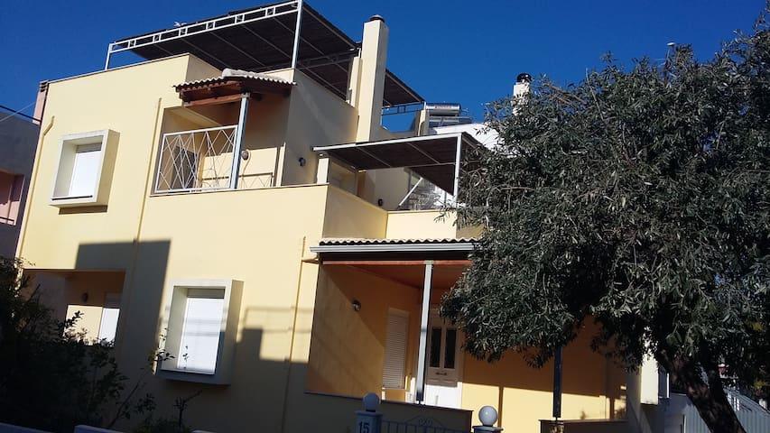 Μεζονετα στον Καστελλοκαμπο - Patras
