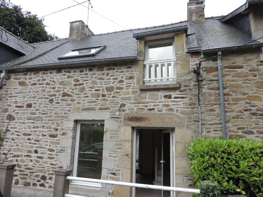 petite maison avec jardin c t de saint cast houses louer matignon bretagne france. Black Bedroom Furniture Sets. Home Design Ideas