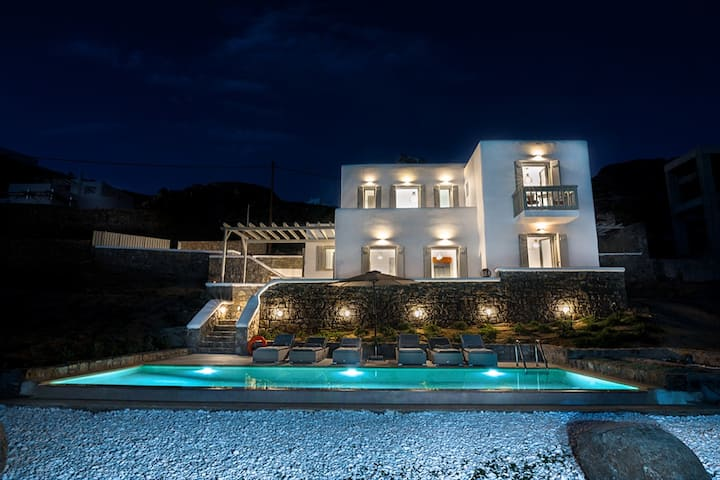 Seawinds(ex Phos)Villa/Sea and sunset view