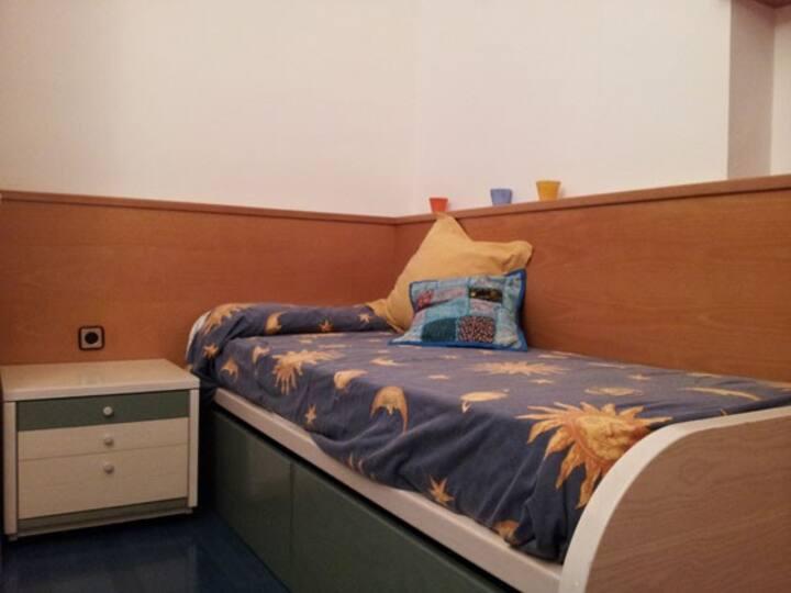 Single quiet room next to Sagrada Familia
