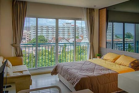 The Gallery Condo - at 100 m from the beach - Jomtien  - 아파트