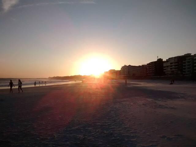 ´por do sol na Praia do Forte