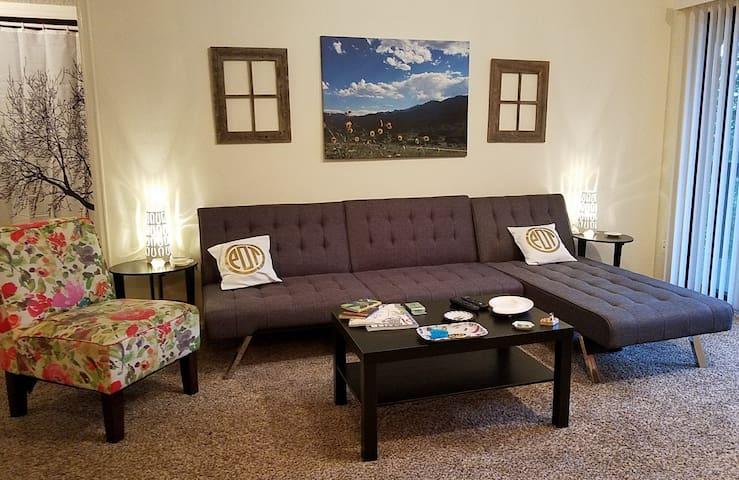 Welcome to CannaBLISS 2239! Sleeps 6 in 2 bed/2 ba