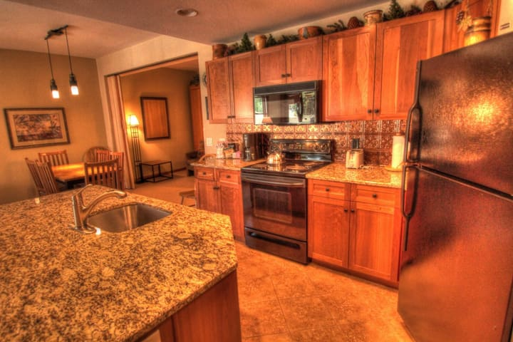 CO422 Perfect Location, With Amazing Views! - Copper Mountain - House