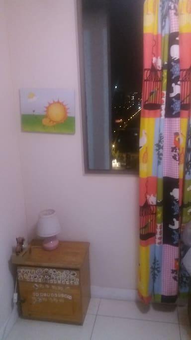pieza con ventana y vista