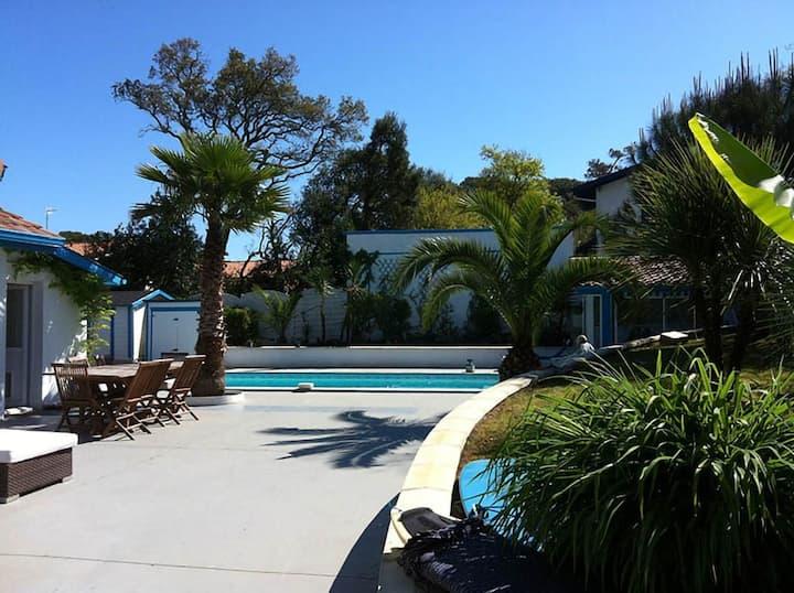 Maison 8 pers proche océan avec jardin + piscine