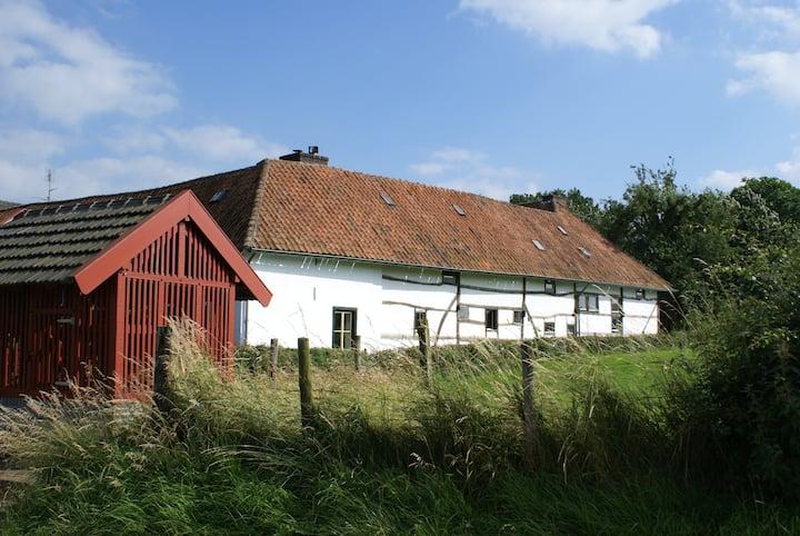 romantische vakwerkboerderij met vrij uitzicht