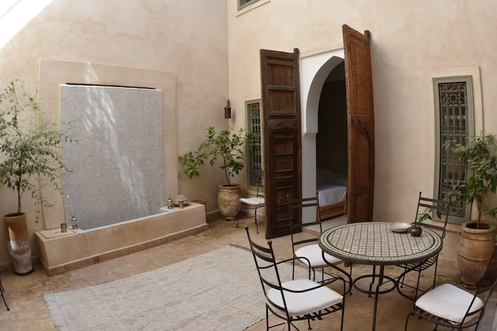 Best safe and private accommodation in the  Medina