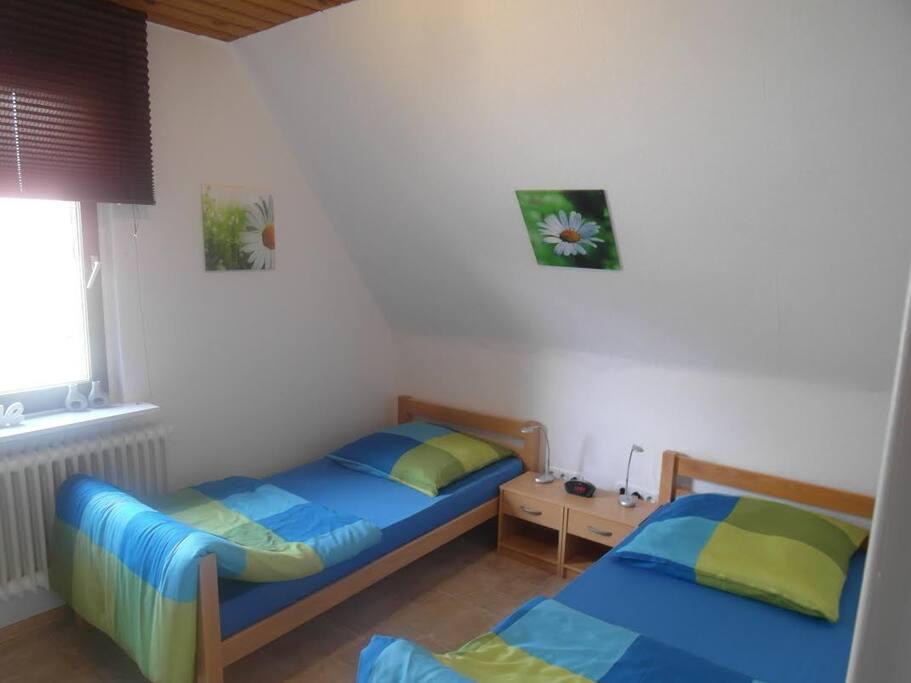 Zimmer 6 OG.