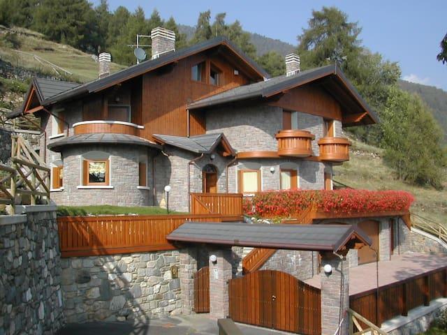Rent Luxury Villa - Canè (BS)- Valcamonica Stelvio - Vione - Vila