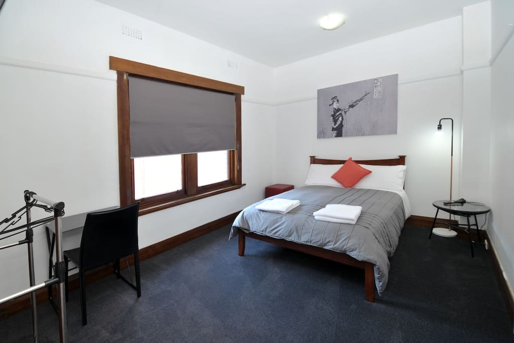 Heathfield private room 4 guesthouse for rent in for Best private dining rooms hobart