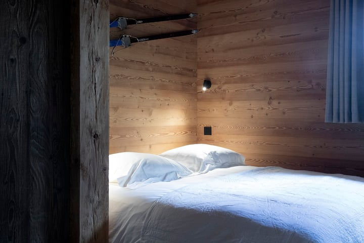 Private room near slopes and Morzine