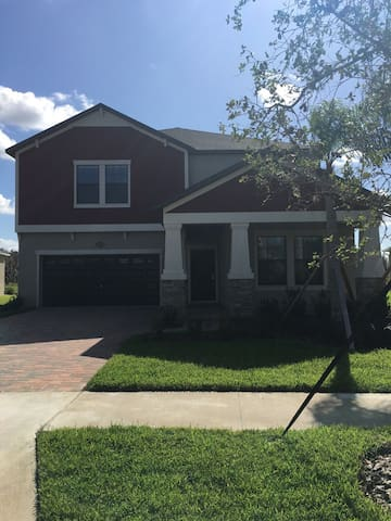 Brand new house with queen size bed - Tampa - Villa