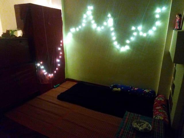 Cozy, bohemian studio apartment in San Chaung - Yangon - Pis