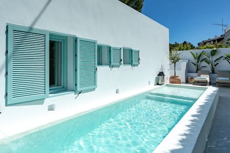 Housita Denia,Ibiza style villa 0,2km from the sea