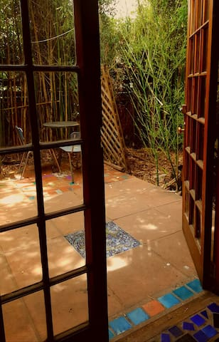 Artists garden cottage