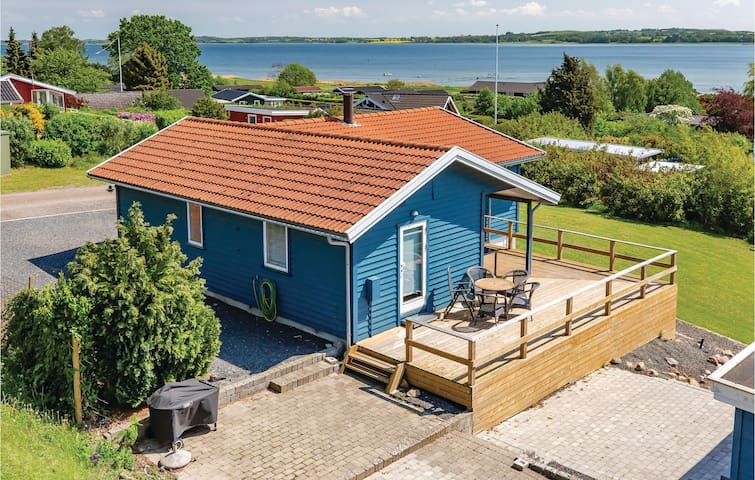 Holiday cottage with 3 bedrooms on 88m² in Grevinge