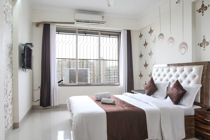 Execuitve Anmol - Deluxe Room - Mumbai