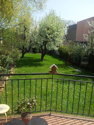 floor in house with garden 20 min from Paris - Argenteuil - Haus