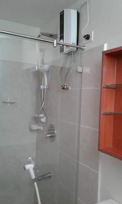 shower with hot water facility