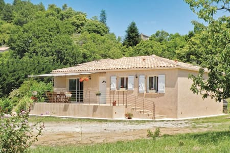 3 Bedrooms Home in Bordezac - Bordezac