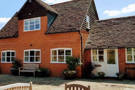 Entire cottage in the heart of rural Hampshire.