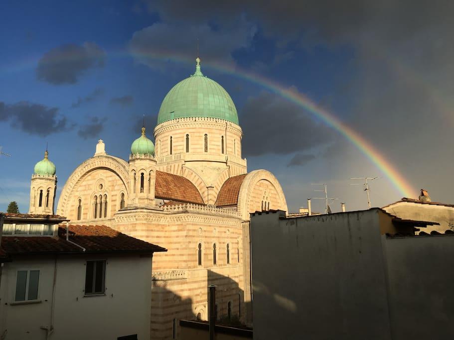 rainbow on synagogue