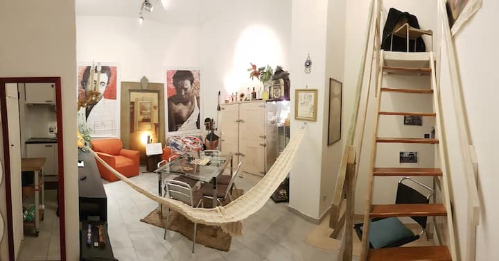 Music & Artist Studio