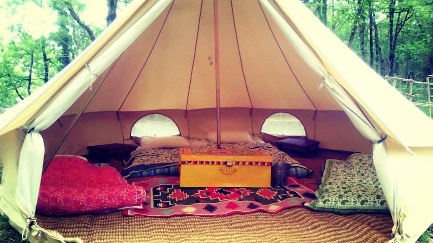 hébergement insolite en tente inuit