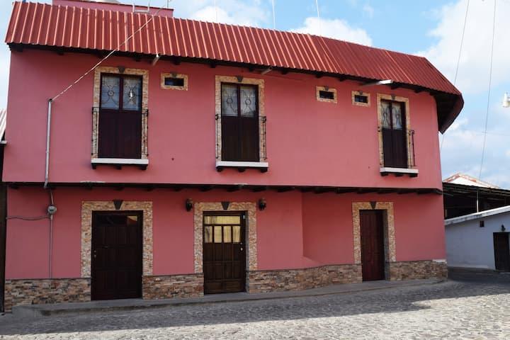 Hotel muy cerca del centro histórico