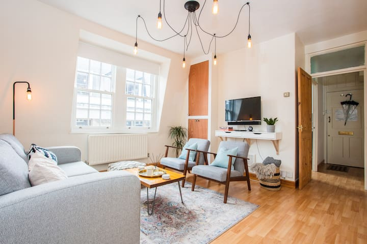 Soho Chic 3 Bed Pad By Carnaby Street!