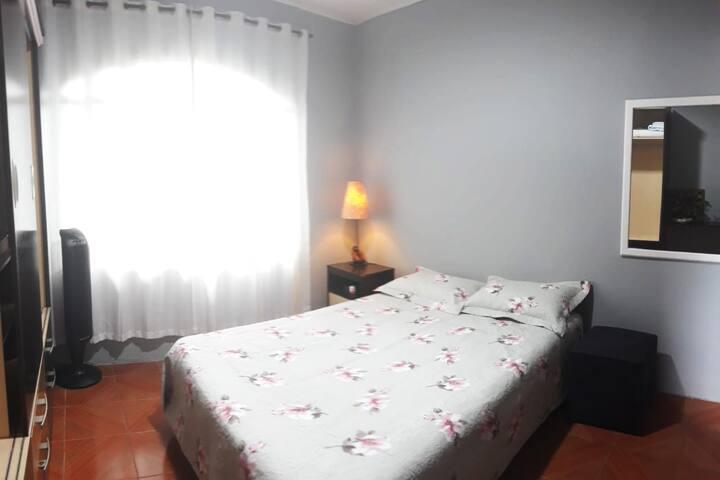 Quarto privativo e acolhedor em Joinville/SC