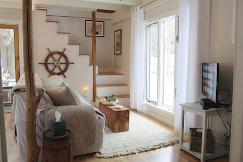 The Seamist Cottage - Converted Historic Barn